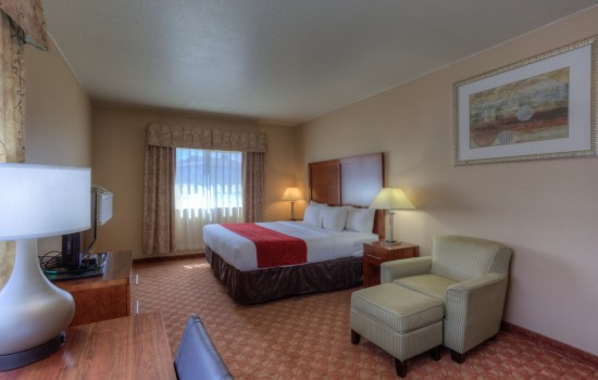 Comfort Inn Newport Oregon - King Room Upgraded - Newport Hotels