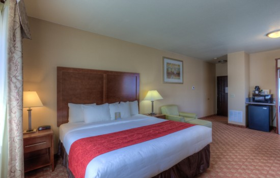 Comfort Inn Newport Oregon - King Room Upgraded - Hotels in Newport Oregon