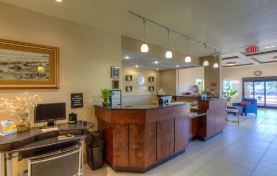Comfort Inn Newport Oregon - Front Desk - Hotels in Newport OR